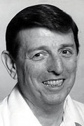 Photo of Lou Carnesecca