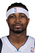 Photo of Dee Brown 2008-09 On/Off