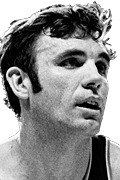 Photo of Dave DeBusschere 1970-71 Game Log