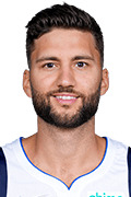 Photo of Maxi Kleber