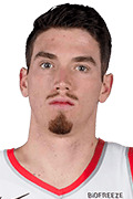 Photo of T.J. Leaf